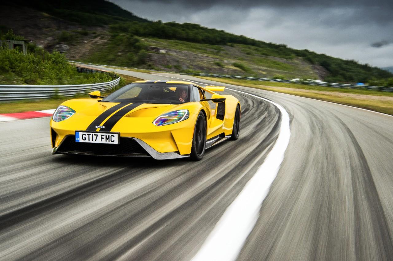 Ford GT Gelb