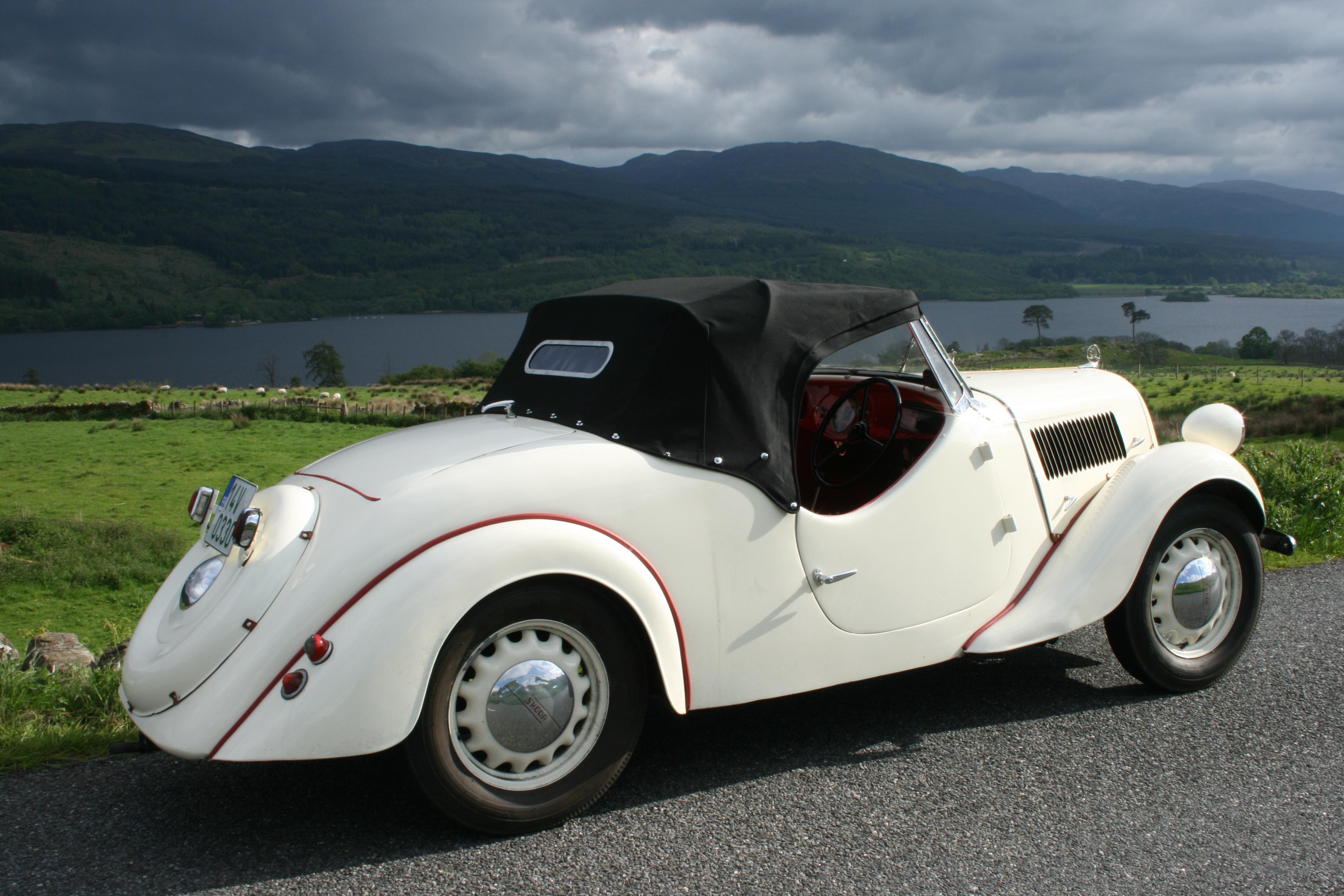 SKODA startet mit faszinierenden Autos bei Sauerland Klassik