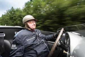 Porsche gratuliert Hans Herrmann zum 90. Geburtstag.