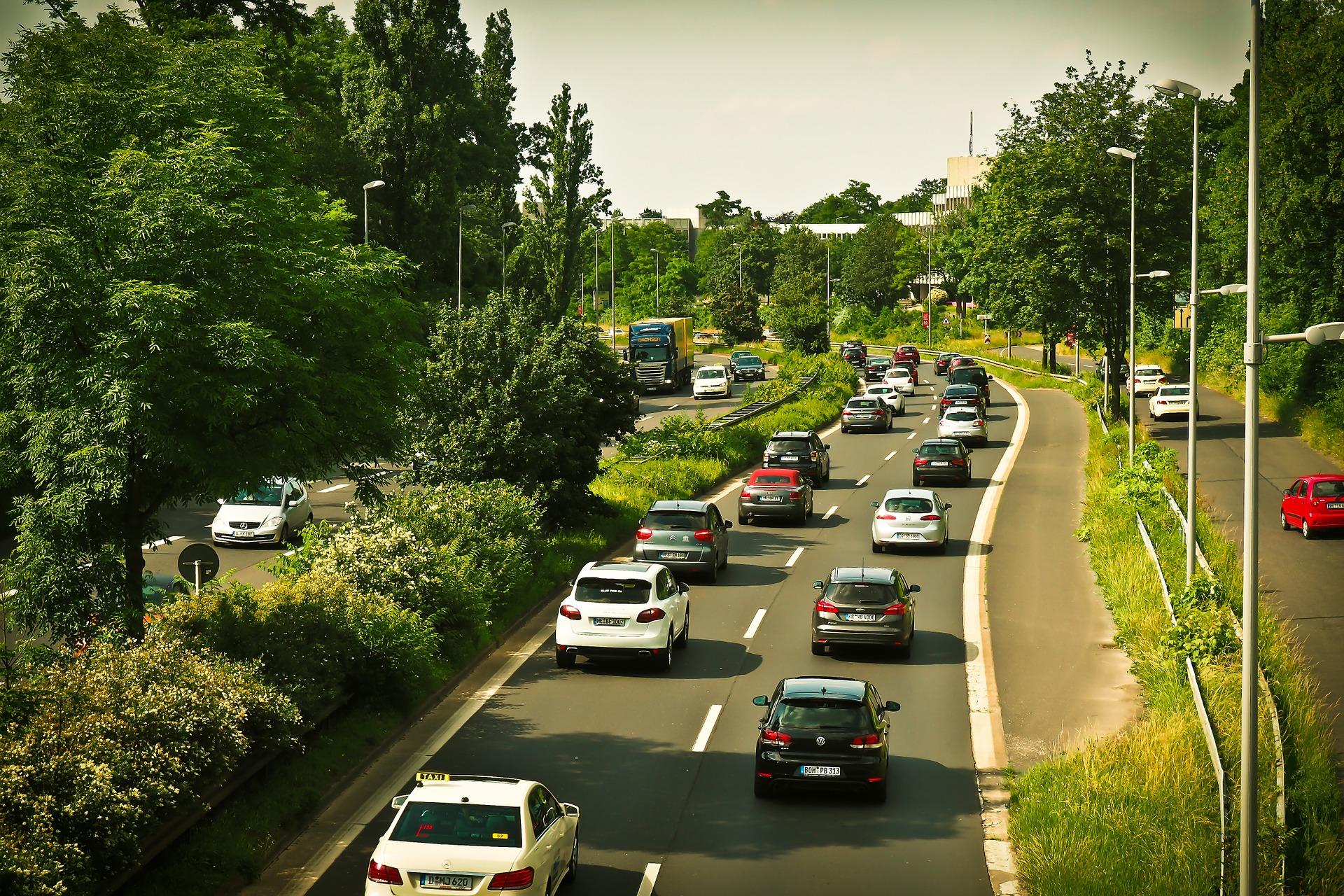 AvD: Diskussion um Verkehrsemissionen versachlichen