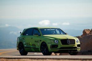 Bentley Bentayga, Pirelli, SUV Rekord