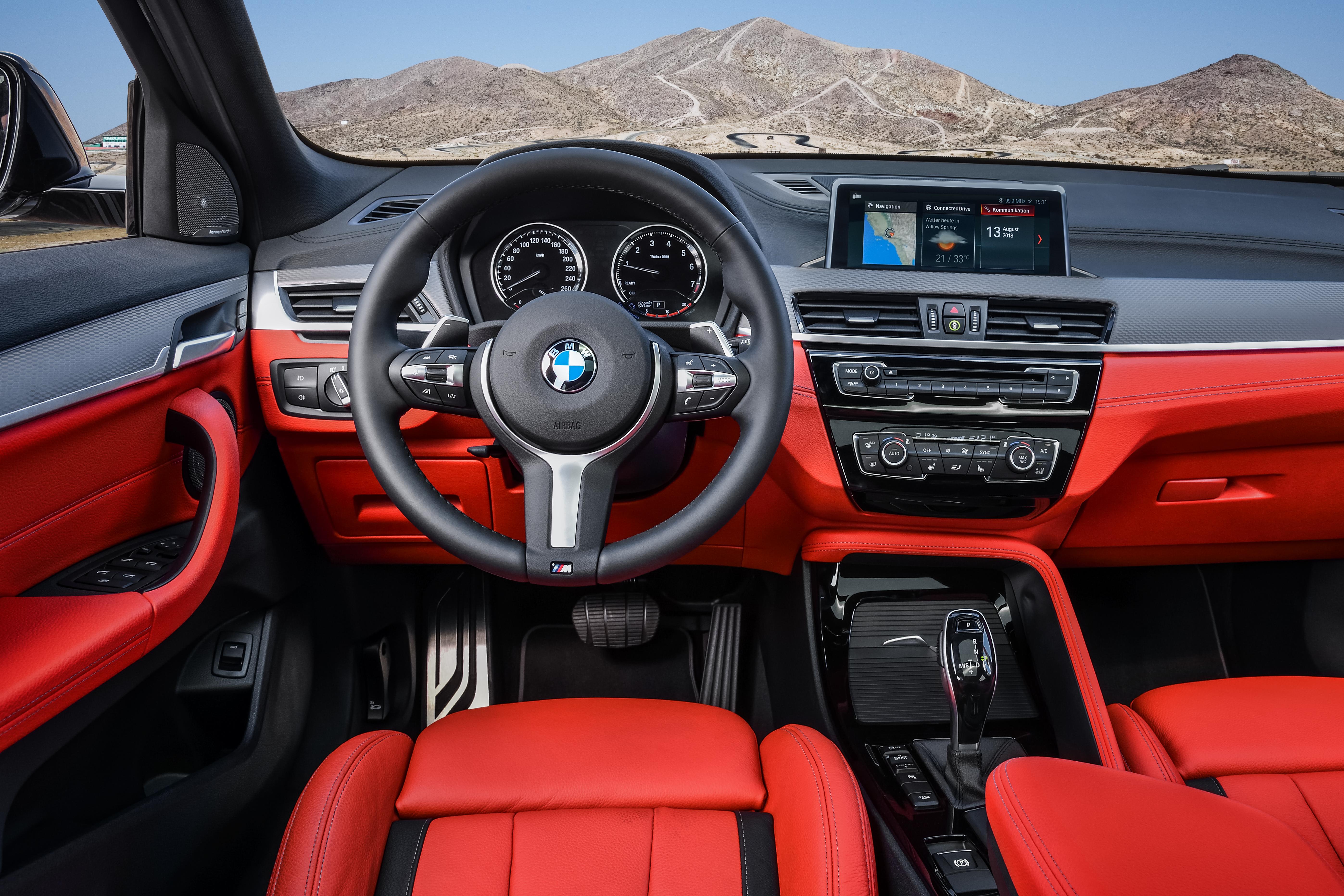 BMW X2 M35i Innen