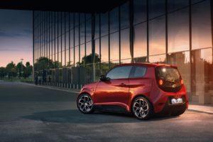 e.GO und AUTO1 Group kooperieren Ab 2020 bietet AUTO1 Group das Elektroauto e.GO Life europaweit an