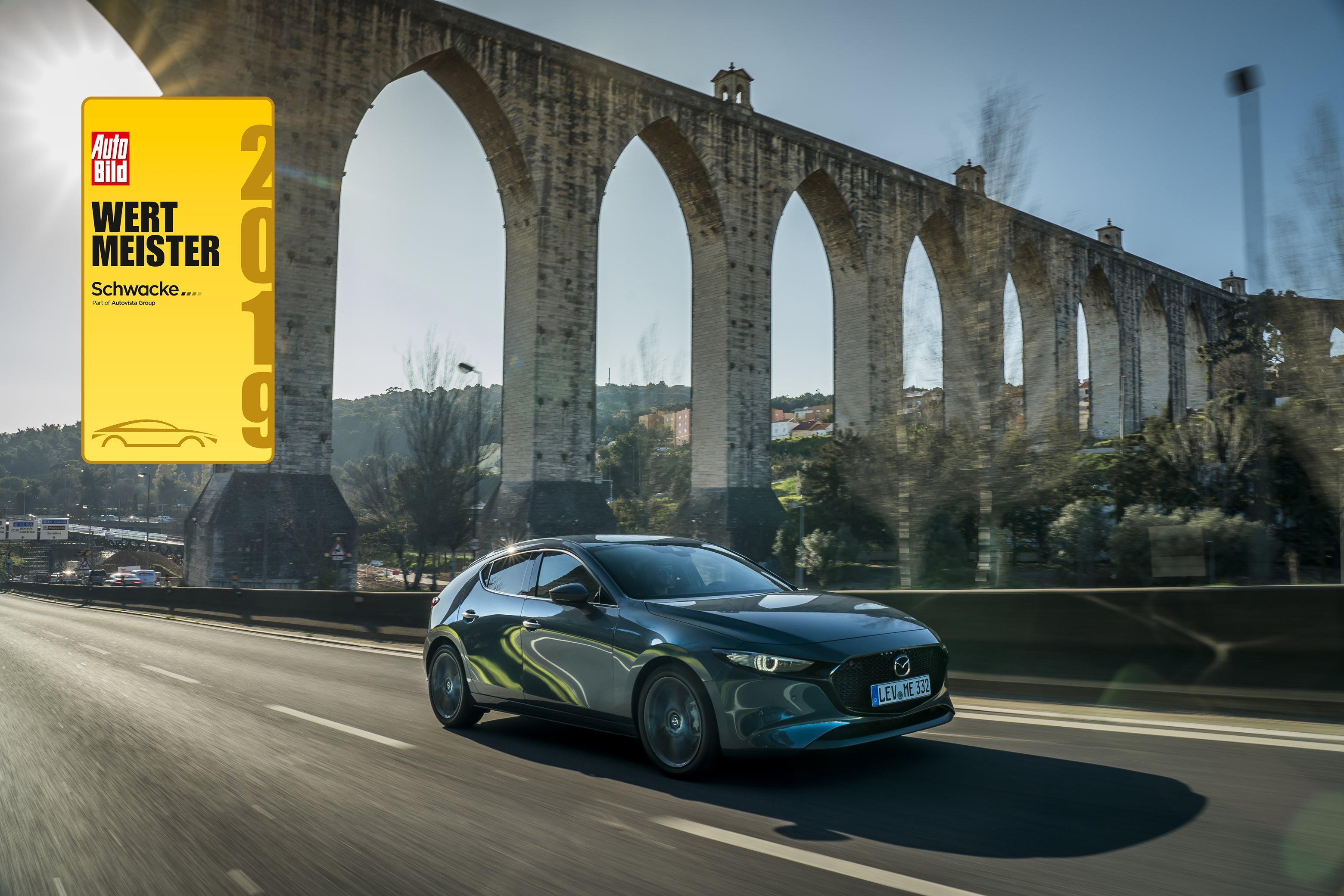 Auto Bild und Schwacke küren Mazda3 zum wertstabilsten Kompaktwagen