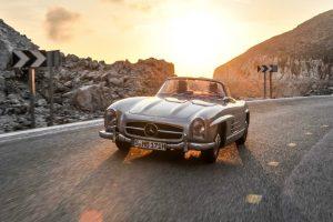 """Mercedes-Benz 300 SL Roadster (W 198), Produktionszeit 1957 bis 1963. Foto von der Mercedes-Benz Classic Insight """"60 Jahre SL"""", 2012."""