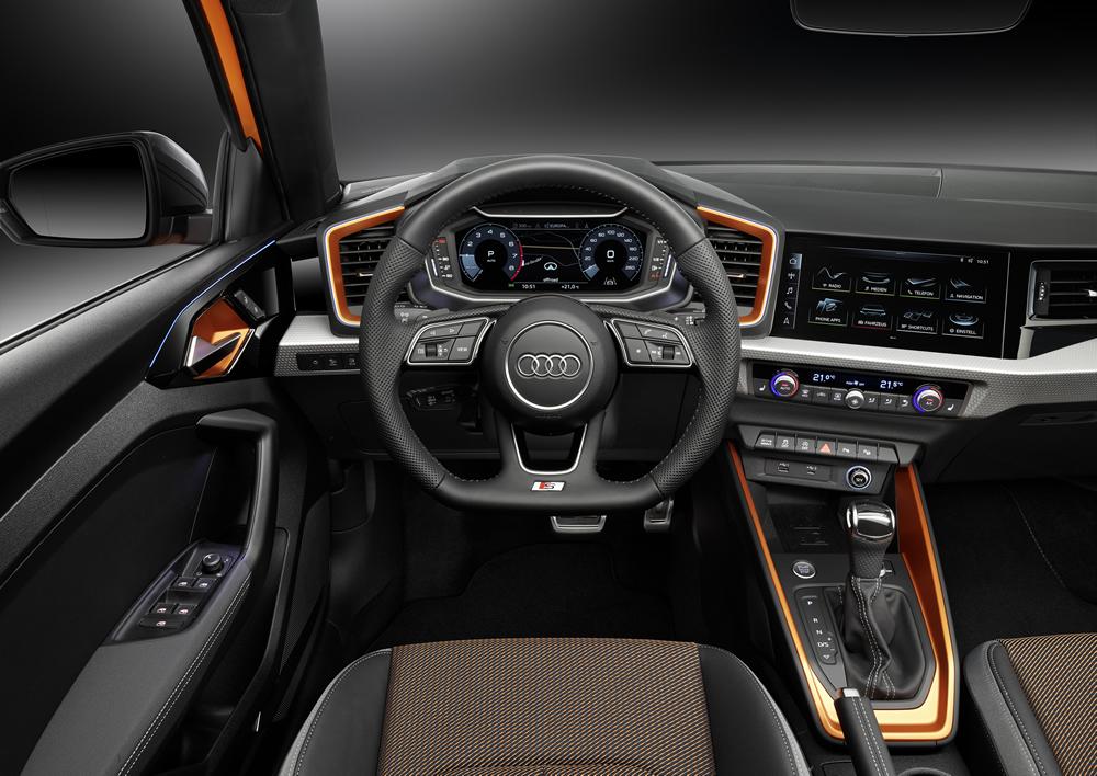 Audi A1 citycarver Cockpit
